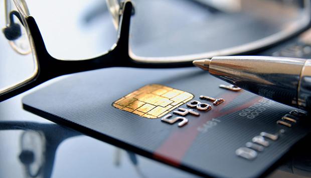 Как проверить есть ли кредит на человеке — расскажем как проверить человека перед тем как дать в займы. Также вы узнаете как банки проводят проверку заемщиков — смотрите на официальном сайте сервиса проверки человека Checkperson