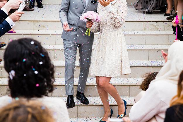 Проверить невесту на брачный аферизм, долги и алименты Вы сможете по фамилии на официальном сайте сервиса проверки человека Checkperson.