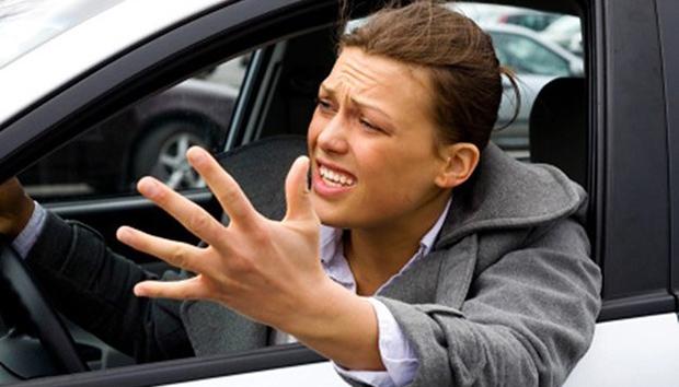Как узнать долги и штрафы по водительскому удостоверению за 5 мину — быстро и прочто проверьте себя или другого человека и получите отчет о проверке на задолженности по штрафам ГИБДД на почту — официальный сервис Checkperson