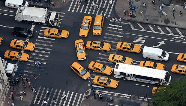 как проверить водителя для работы в такси