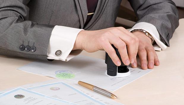 Как правильно проверить квартиру и продавца перед покупкой квартиры, чтобы не попасть в неприятную ситуацию, на какие документы стоит общаться внимание и где быстрее всего осуществить проверку – читайте в материале на официальном сервисе проверки CheckPerson