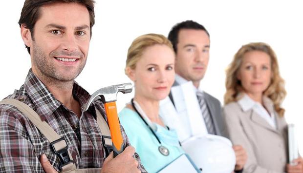 Больше половины россиян хотят сменить свою профессию, работники каково возраста больше всего подвержены смене нынешней работы и по каким причинам – читайте в материале на официальном сервисе проверки CheckPerson