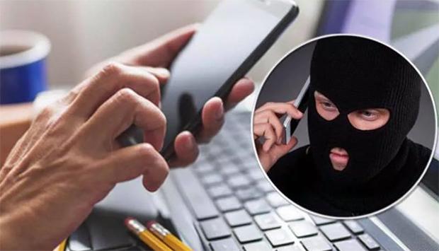 Жительница Рязани перевела мошенникам более миллиона рублей, сама того не подозревая — сейчас неизвестных ищет полиция — как злоумышленникам удалось обмануть девушку — читайте в материале на официальном сервисе проверки CheсkPerson